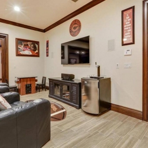 Game Room-Home Theatre00005