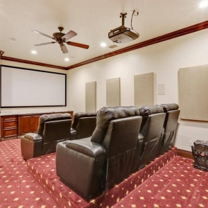 Game Room-Home Theatre00007