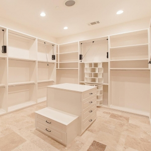 Master Closets00001